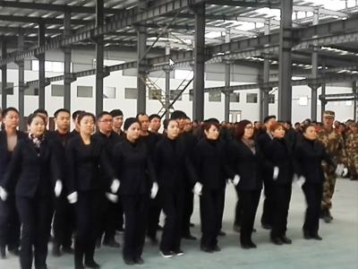 【团队】2015年春季军训会操冠军——中天营销团队
