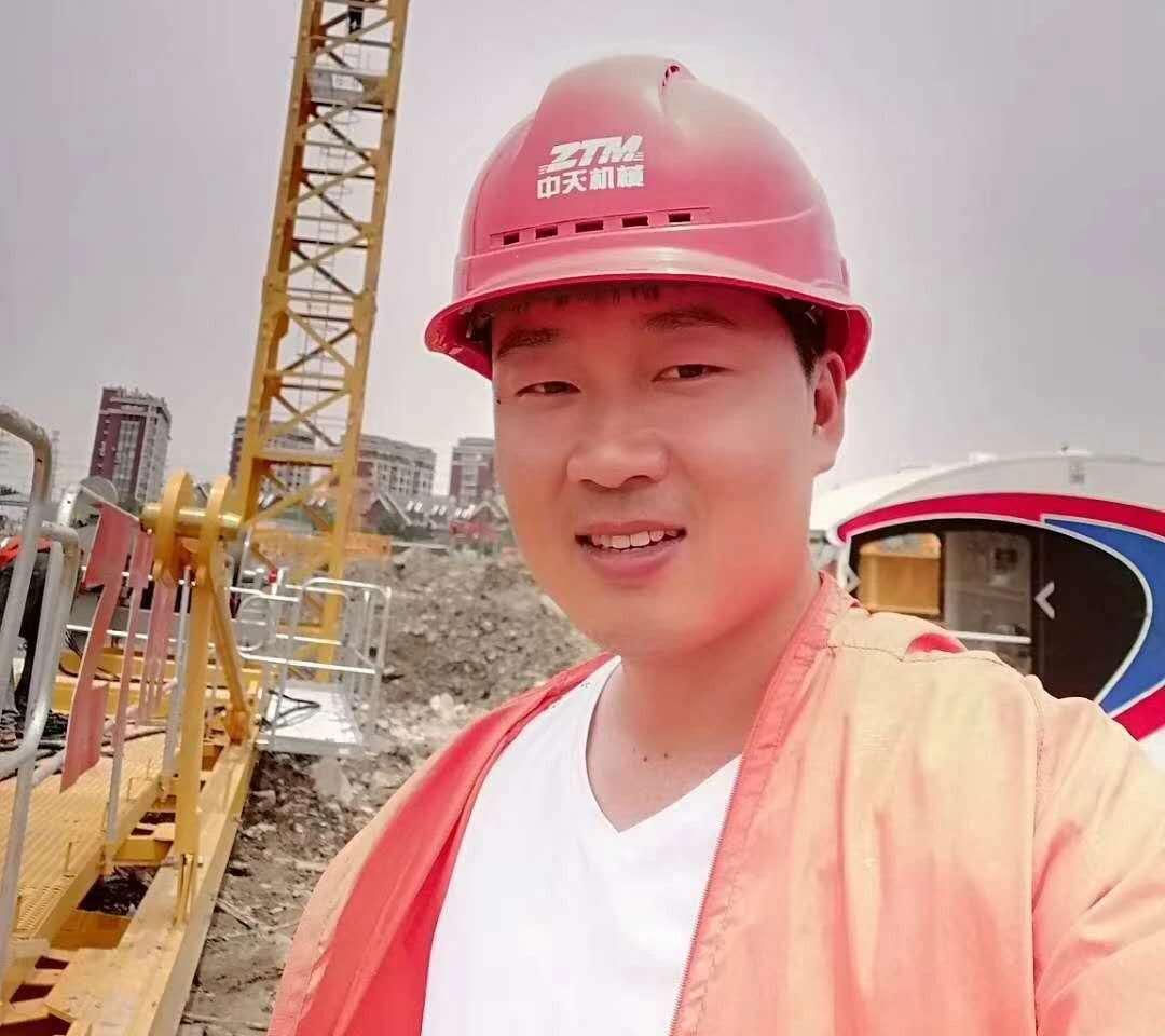 快来夸夸夸他——ZTM浙江服务工程师王佳华